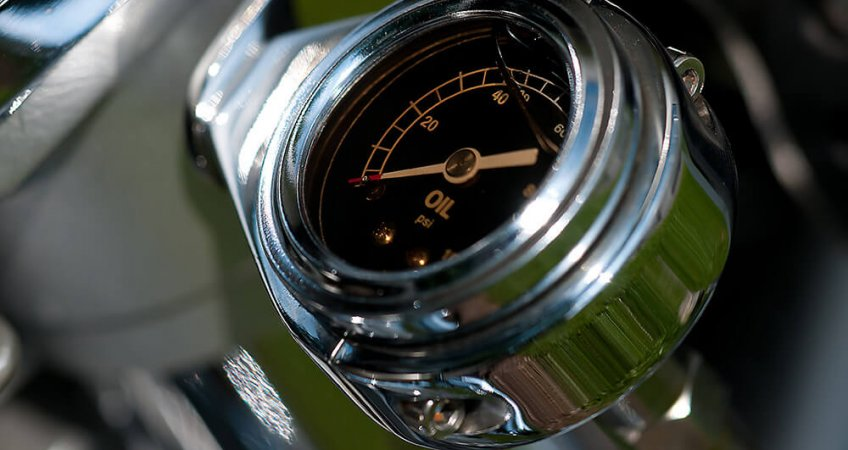 Świeci się kontrolka oleju a olej jest